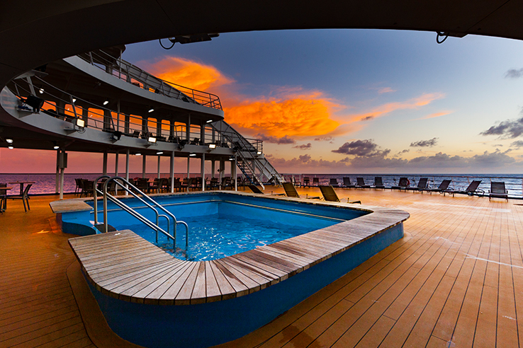 Aranui 5 Fly/Cruise Package