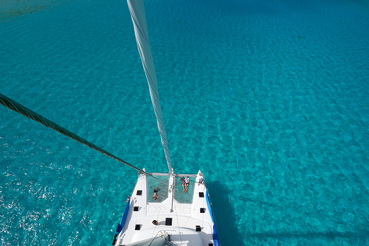 Dream_Yacht_Charter_Lagoon_620_13